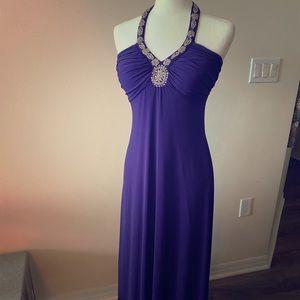 4-25🎈Long halter dress